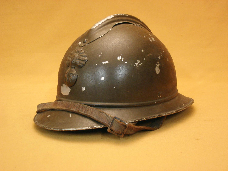 Casque Adrian alu d'officier d'infanterie.