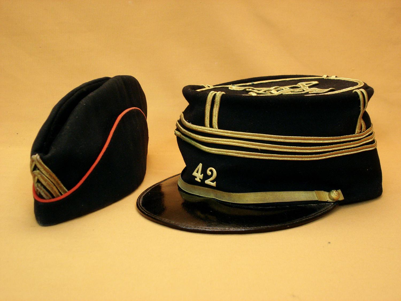 Képi et calot d'un capitaine du 42e Artillerie 1900/1914.