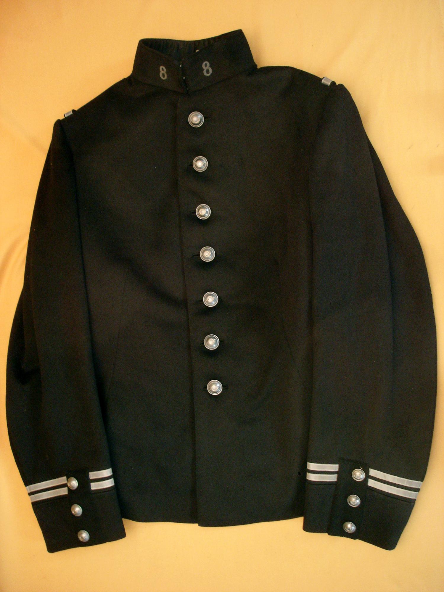Tunique 1893 d'un lieutenant du 8e Chasseur.
