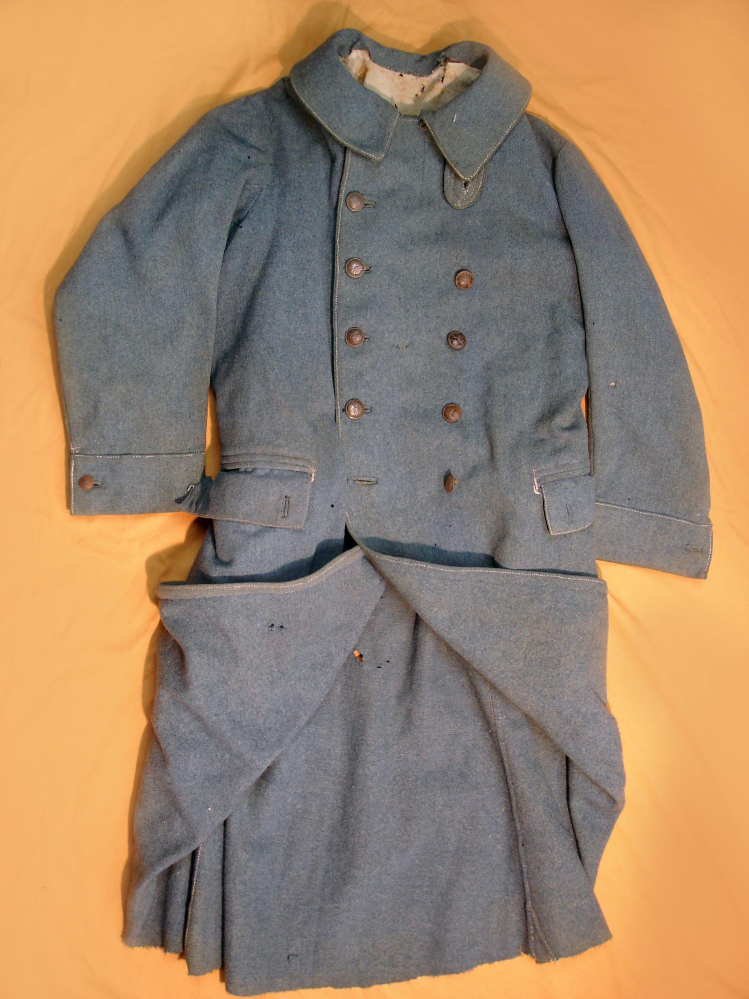 Capote troupe bleu horizon, datée 1917.