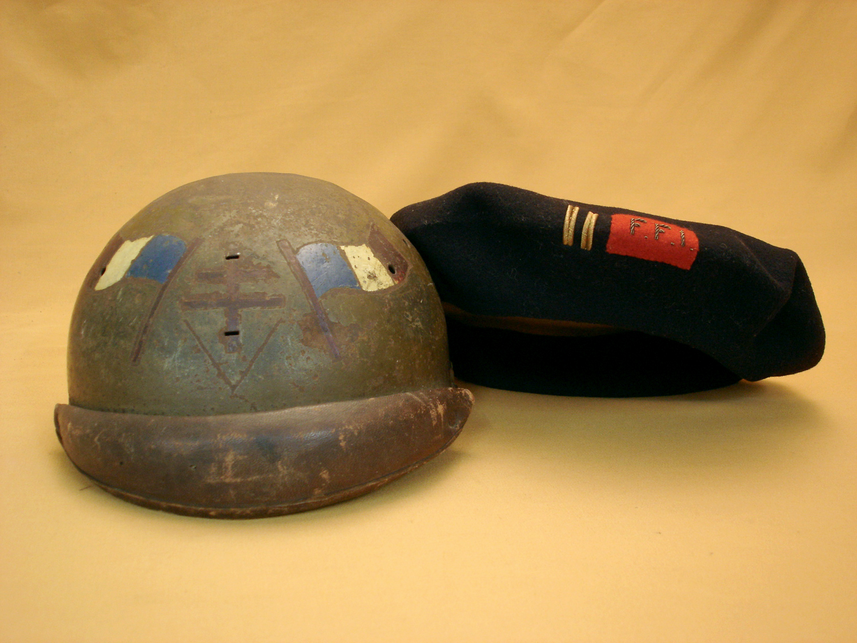 Casque 35 et béret d'un lieutenant F.F.I.